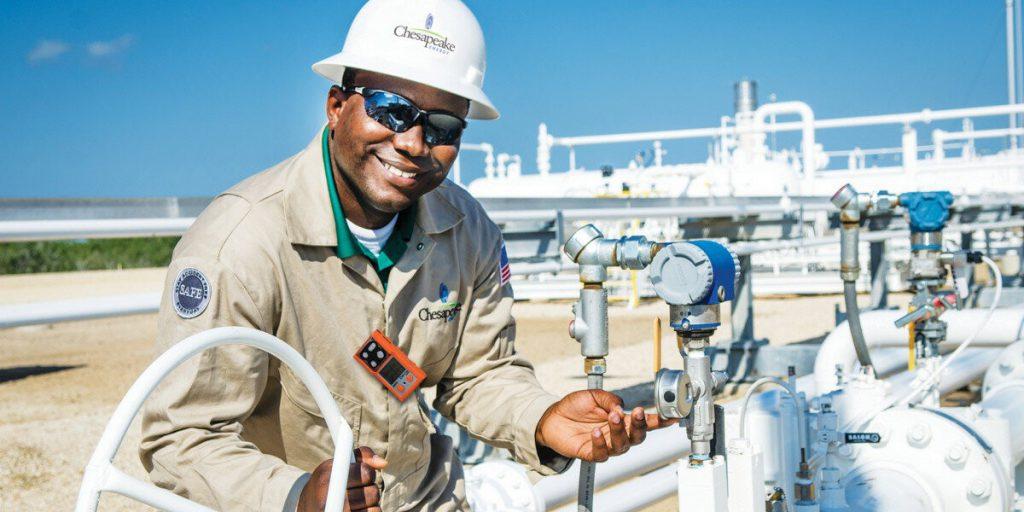 Крупная нефтегазовая компания США приготовилась к банкротству photo